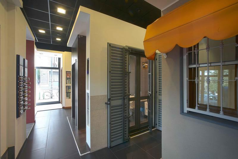 Milano cenisio showroom edisis porte e finestre - Porte finestre milano ...